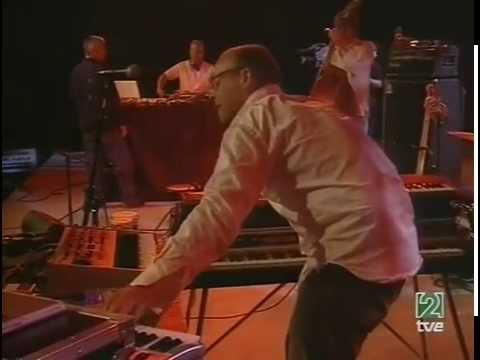 Bugge Wesseltoft - Vitoria Gasteiz, Spain, 2004-07-12 (full concert) mp3