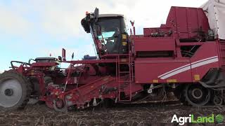 AgriLand visits Broadleas Farm to see its new Grimme Varitron 220 Platinum in action...