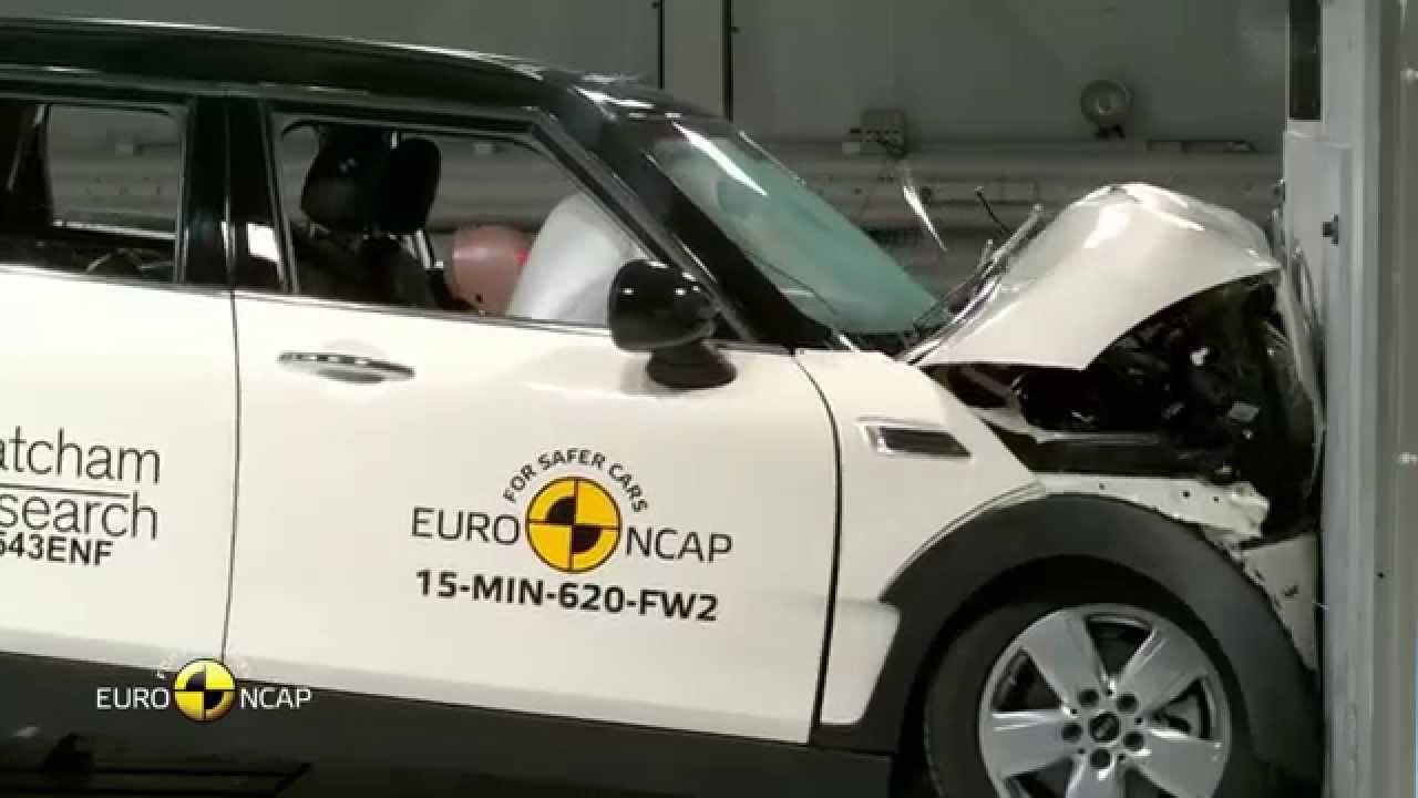 2016 Mini Clubman 4 Star Rating Euroncap Crash Test Youtube