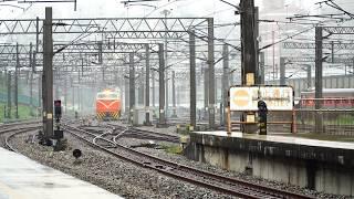 2019.02.21 E337電力機車與行包列車6901次連結