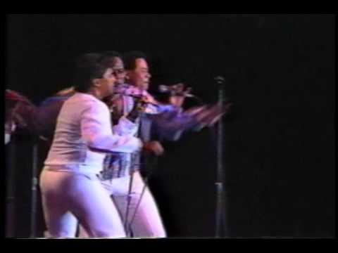 JOHNNY VENTURA con LUISITO MARTI (video 4 de 4) CARNAVAL DEL MERENGUE 1986 EN NUEVA YORK