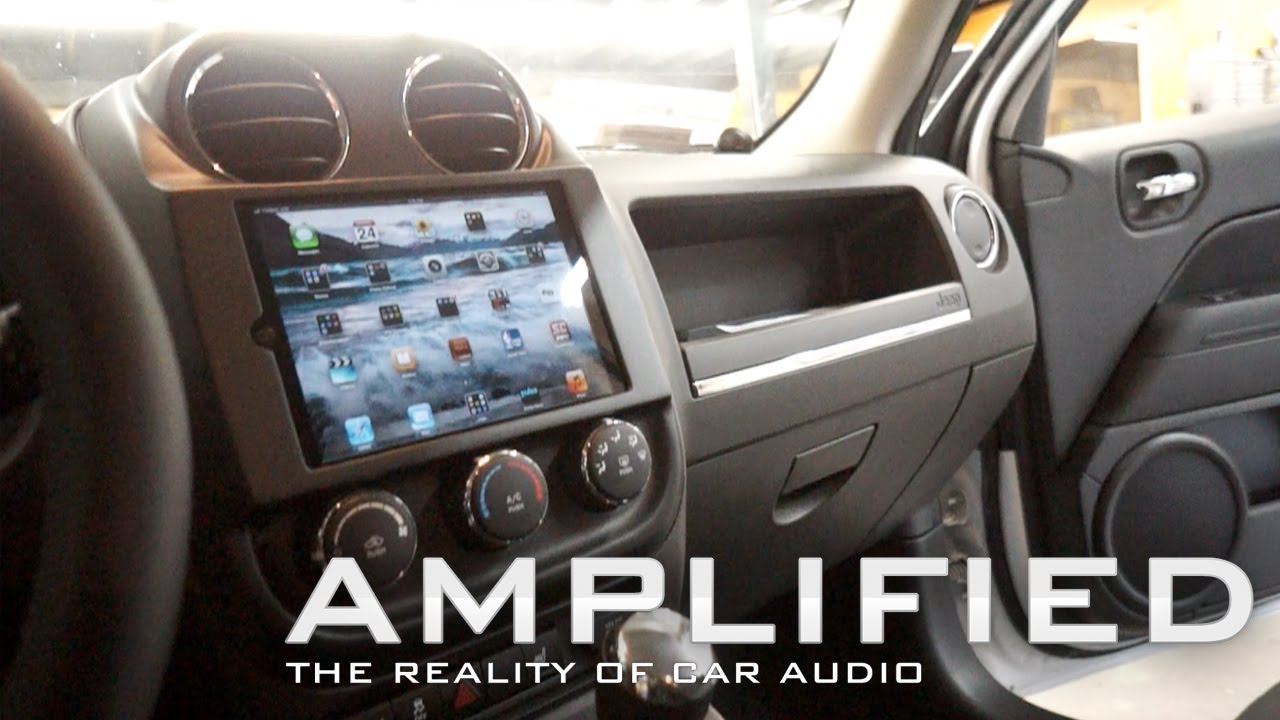 Amplified Ipad Mini In Car Dash Of A Jeep Patriot Polk