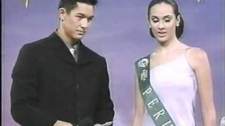 CLAUDIA ORTIZ DE ZEVALLOS En Miss Earth 2002