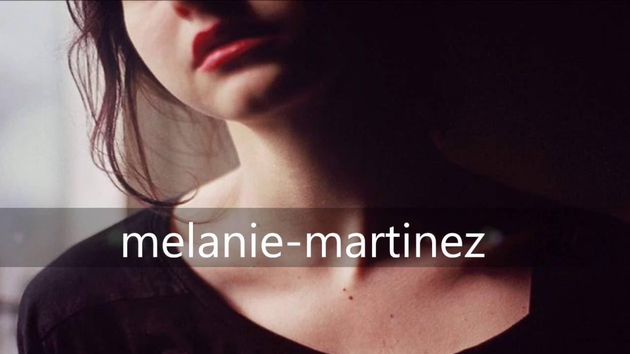 Перевод текста песни Soap исполнителя (группы) Melanie Martinez. 3. 4....