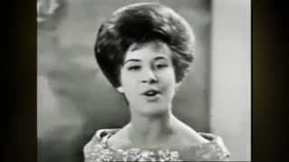 Helen Shapiro ::: Walkin