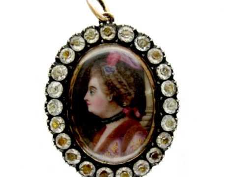 The Antique Jewellery Company