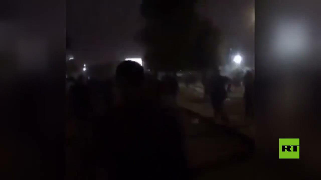 مراسلنا: معتصمون معترضون على نتائج الانتخابات العراقية يحاولون اقتحام المنطقة الخضراء  - نشر قبل 36 دقيقة