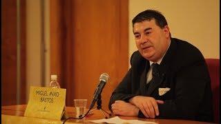 Miguel Anxo Bastos en diálogo con Ernesto Castro