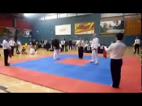 silat vs taekwondo - YouTube