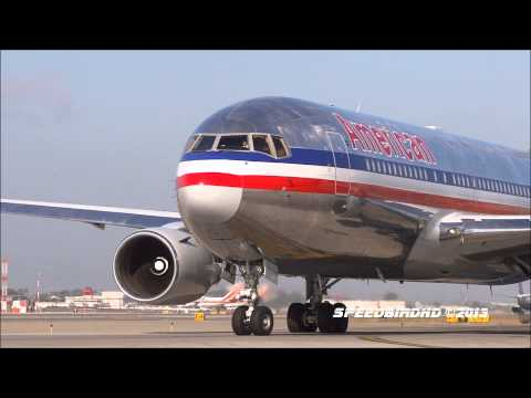 American Airlines Boeing 767-223(ER)s At Los Angeles International Airport