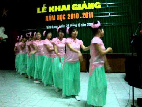 múa Những bông hoa trong vườn Bác.lớp 33MN CDSP Vĩnh Long