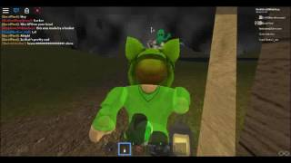 PLAYING HAUNTED GAME ON ROBLOX!!!
