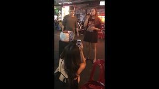 Anh - Hồ Quỳnh Hương - Cover Song ca cực kì ấn tượng ngoài đường phố Bùi Viện