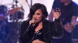 Alanis Morissette amp; Demi Lovato  You Oughta Know (Live AMAs 2015)