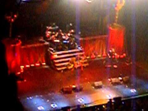Judas Priest - Braking the law Live Guadalajara 2011