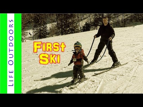 Two year old learns to ski at Afton Alps