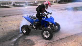 Yamaha yfz450 ATV burnout