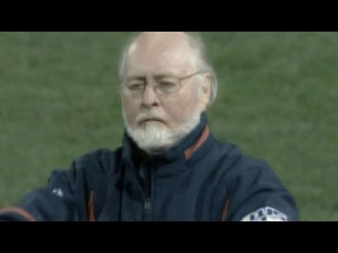 2007 WS Gm1: John Williams conducts national anthem