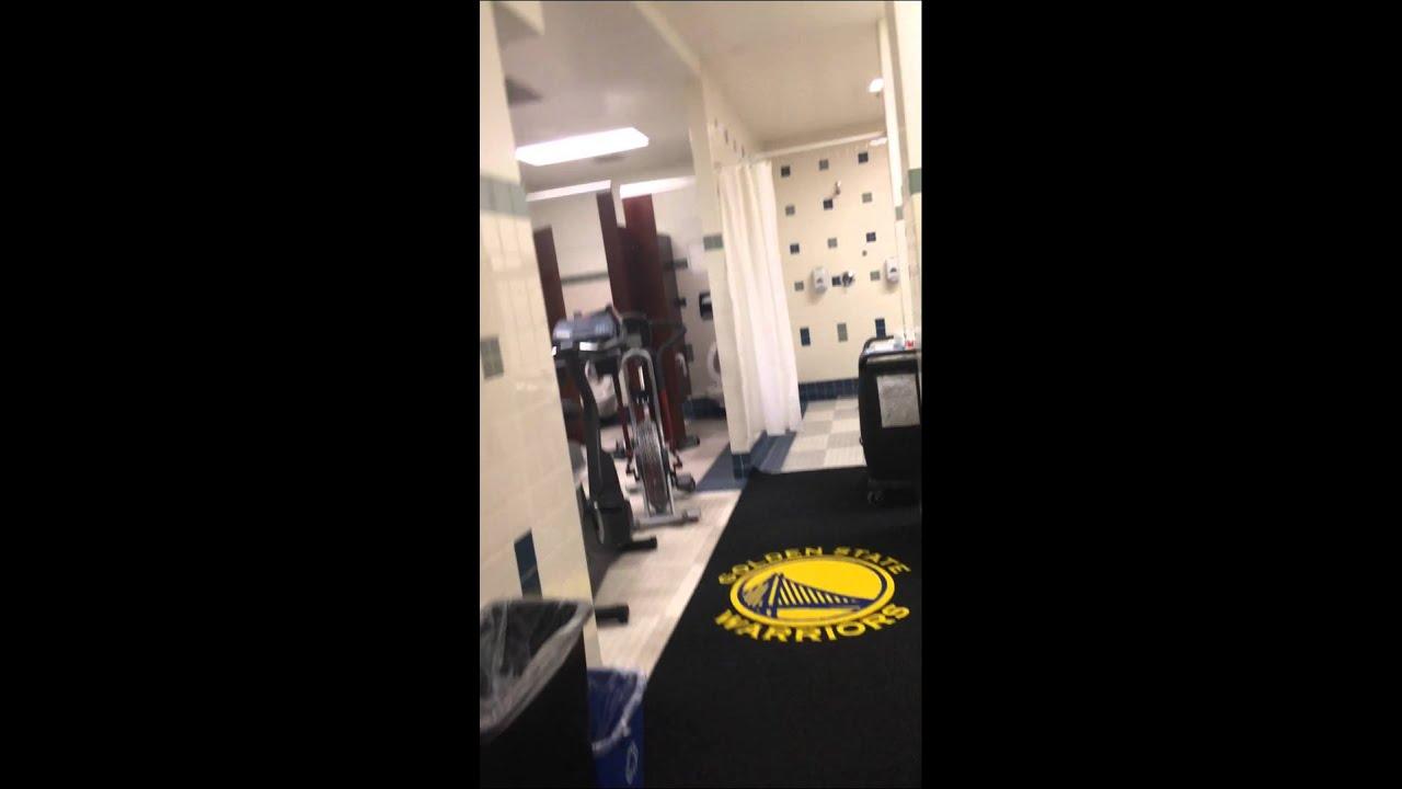 Golden State Warriors Locker Room Tour - YouTube