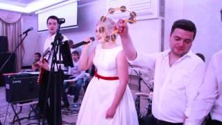 Невеста классно спела на свадьбе 08.05.16