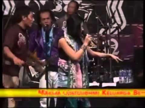 Campursari Dangdut Terbaru Utami Dewi Fortuna   Layang Sworo   Monata Kelsen Pekalongan 2012