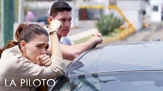 La Piloto 2  Yolanda est decidida a ayudar a John para que salga de la crcel