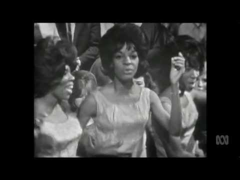MARTHA and THE VANDELLAS  Dancing In The Street 1964