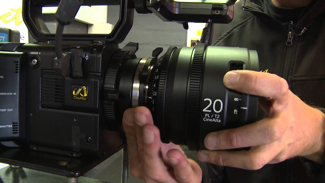 Comparison Between The Sony Cine Alta Primes Zeiss Ultraprimes And 6000 With Lensa 16 50 Mm F 35 56 Limited Zeis Cp2 Compact Lenses Youtube