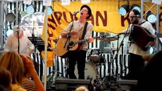 Olavi Uusivirta - Nuori ja kaunis @ Kumpulan kyläjuhlat 2012