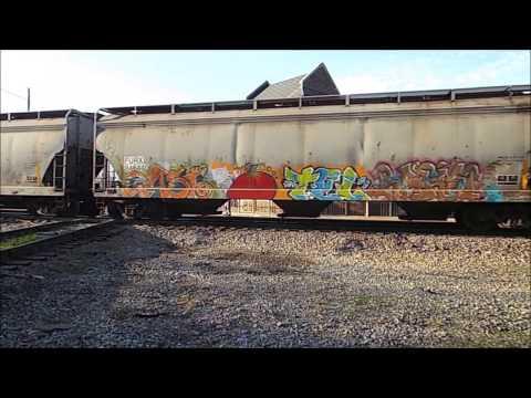 **Excellent HornTaps/killer Graffiti* [SD70MAC 4777] leads CSX V972-17 into Bailey