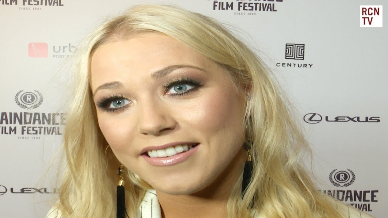 Watch 7 Amelia Lily Hairstyles video