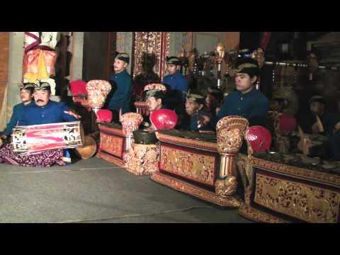 Balinese gong kebyar