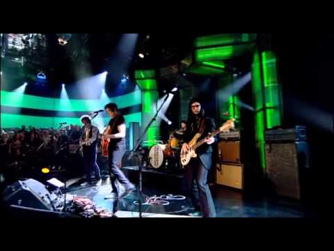 The Raconteurs - Old Enough @ Jools Holland 13/05/08