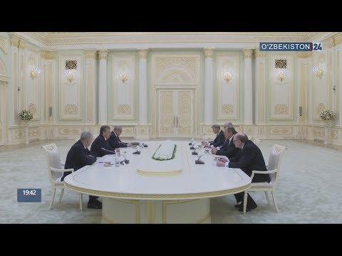 Президент Узбекистана принял министра иностранных дел России