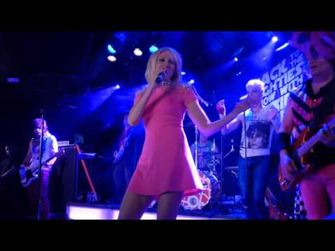 """Debbie Gibson - """"Out of the Blue"""" live 5-16-2015"""