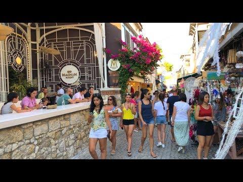 Walk in Alaçatı City Center, Çeşme Izmir, Türkiye
