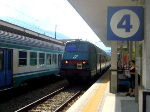 Stazione di porta nuova arrivo di un regionale al bina - Orari treni torino porta nuova genova brignole ...