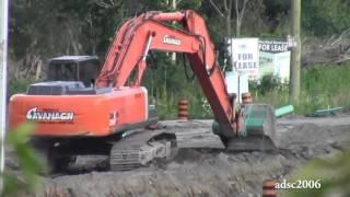 Hitachi Excavator Grading
