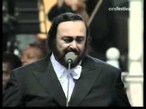 Luciano Pavarotti & Eric Clapton Holy Mother Live
