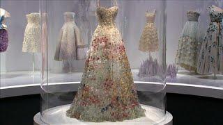 История Christian Dior в одной выставке