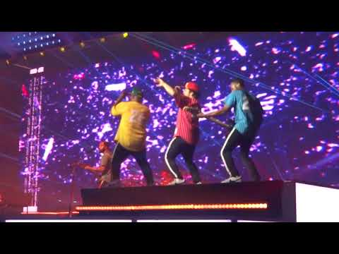 Bruno Mars-Locked out of heaven Bell Center Montreal 29/08/2017