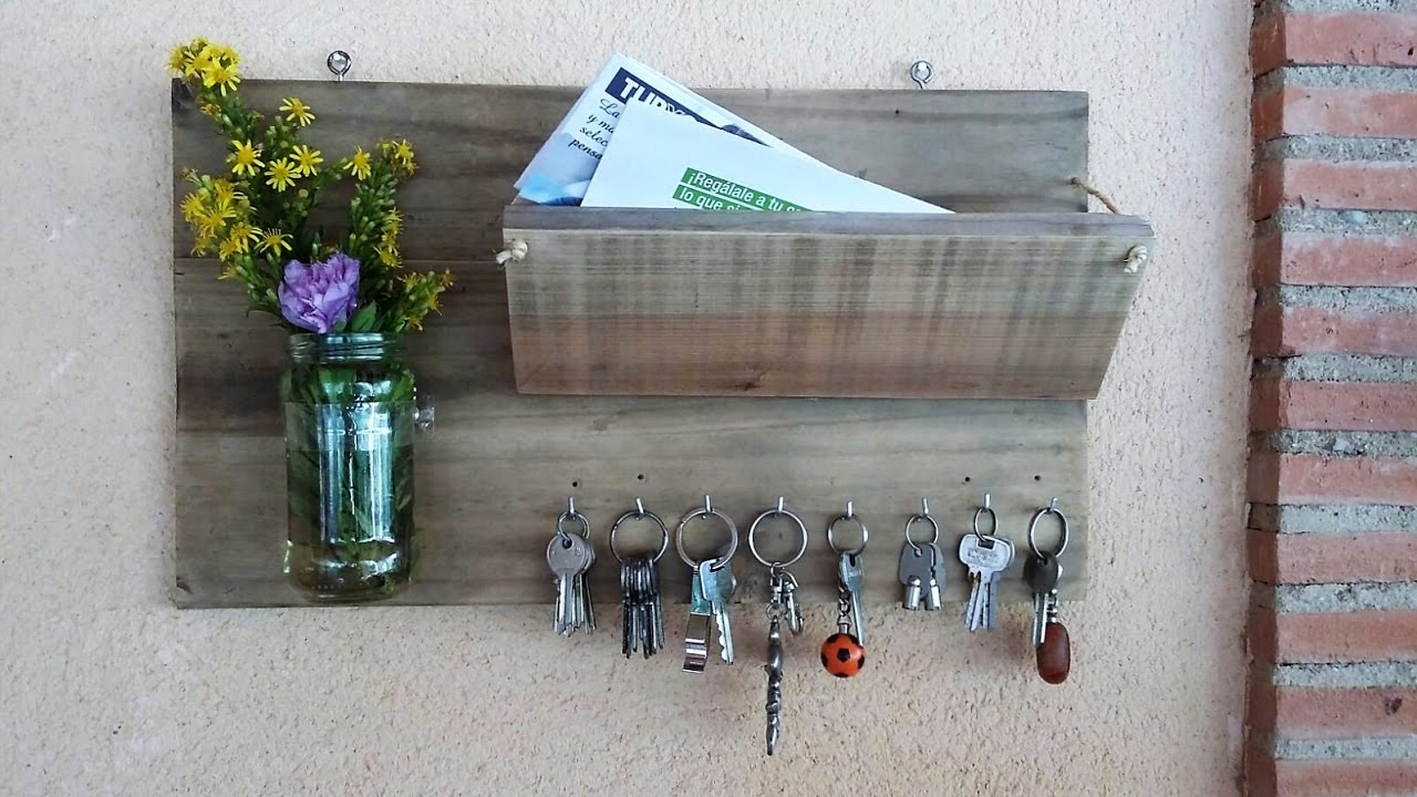 manualidades con madera reciclada portasobres y