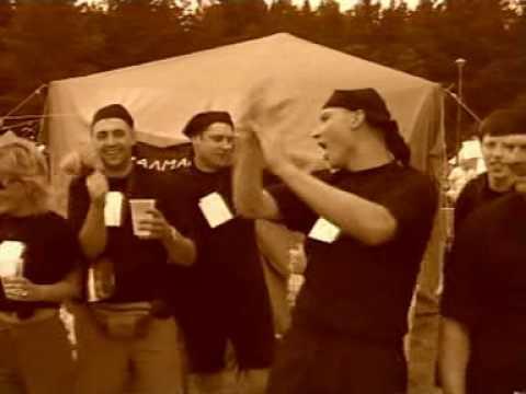 Labvēligais Tips - Alumīnija Cūka (karaoke)