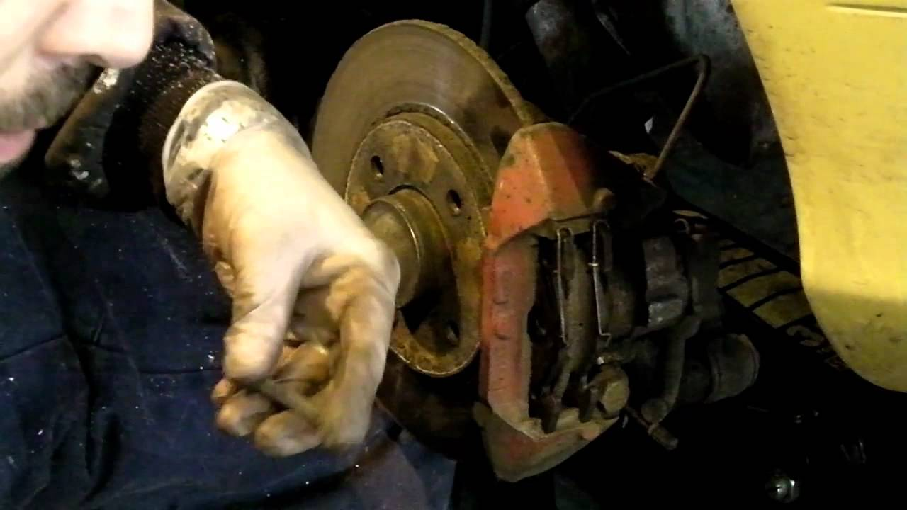 brake pads renault megane cabriolet how to change rear [ 1280 x 720 Pixel ]