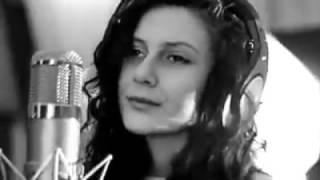 Lilit Hovhannisyan ( Natalie Bagárová )