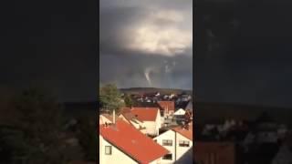 Tornado in Kürnach bei Würzburg 09.03.2017 Windhose