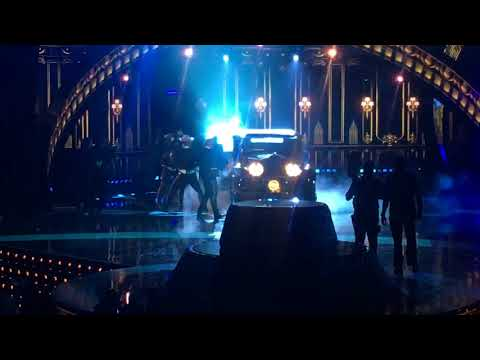 "BECKY G FT BAD BUNNY – ""MAYORES"" 