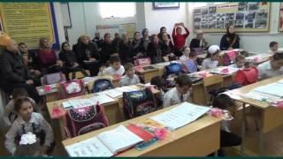 """Видео слайд открытого урока в 3 классе на тему :""""Типы чтения гласных Ii и Yy в ударных слогах""""."""