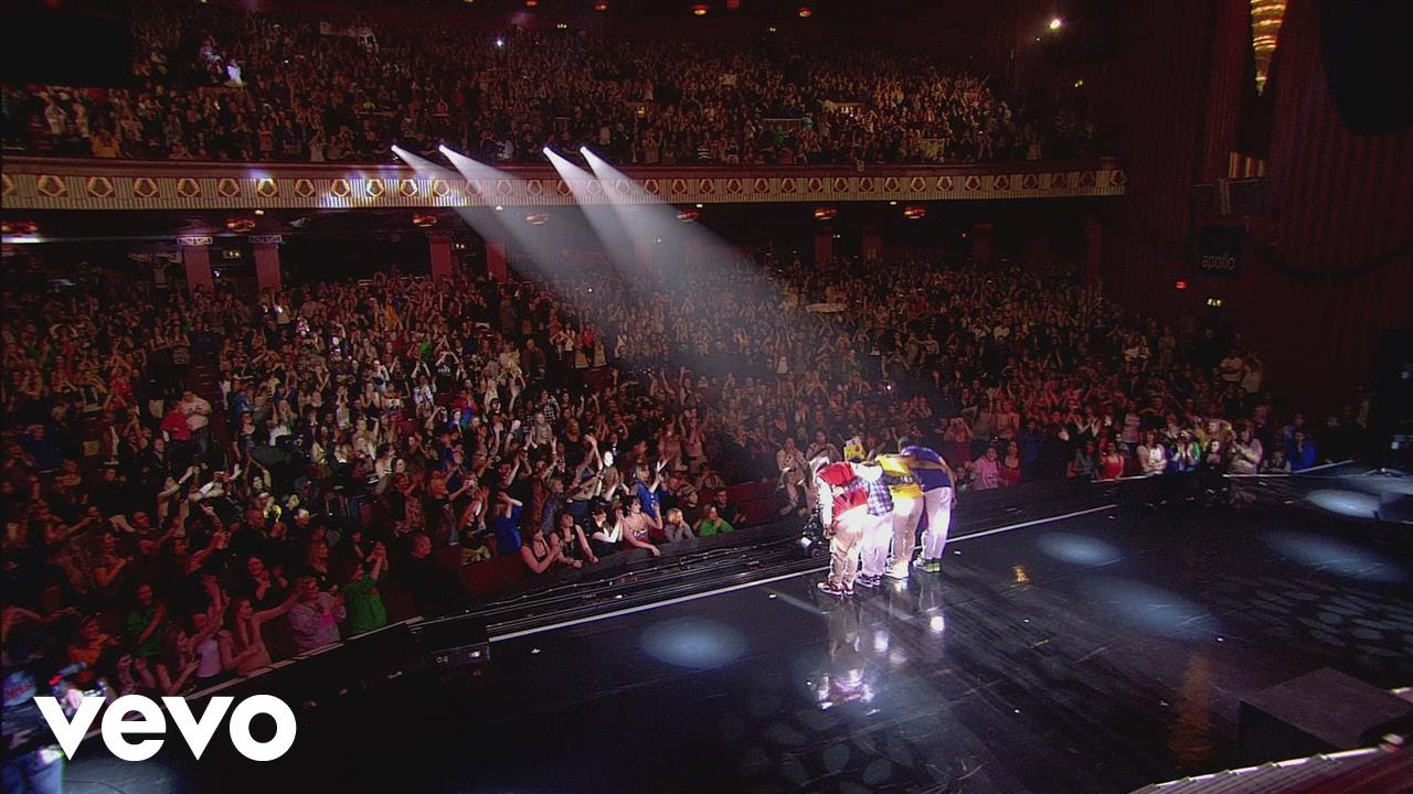 jls-everybody-in-love-only-tonight-live-in-london-jlsvevo