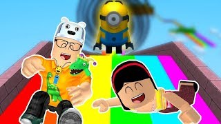 ROBLOX: MY MOTHER AND I IN: THE MINIONS COLORFUL SLIDE! -Play Old man